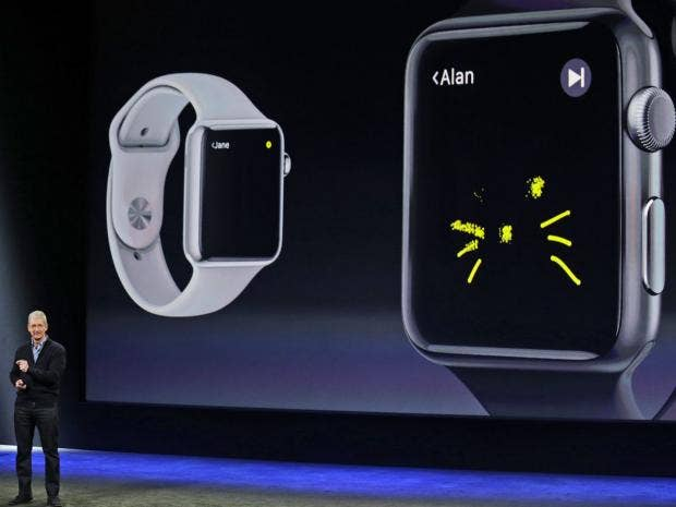 7-Apple-Watch1-AP.jpg
