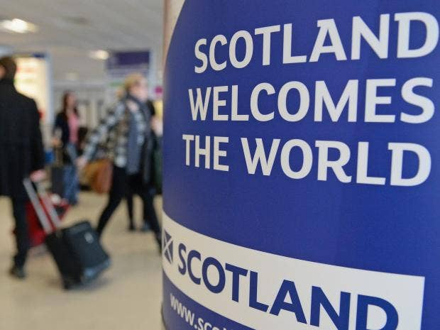 Αποτέλεσμα εικόνας για Edinburgh Airport takes top spot, Heathrow falls behind in the number of domestic passengers