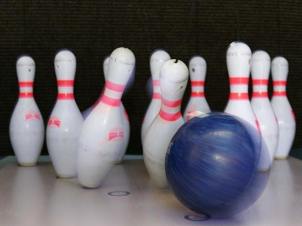 bowling-rex.jpg