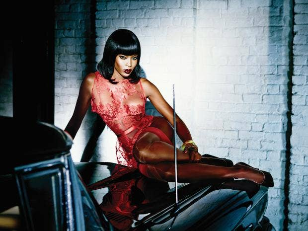 Naomi_Campbell_Provocative.jpg