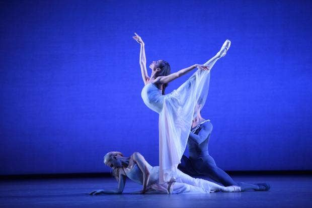 Serenade - Céline Gittens, Elisha Willis and Tyrone Singleton 1 ©Bill Cooper.jpg