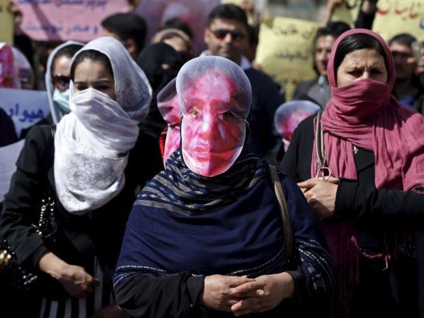 20-Afghan-Mask-Reuters.jpg