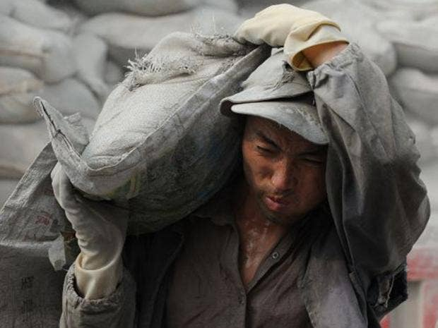 38-Chinese-Worker-AFPGetty.jpg