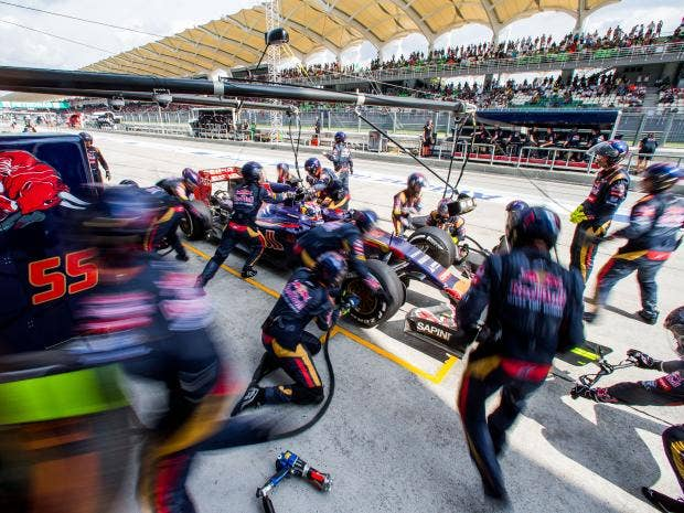 Max-Verstappen-of-Scuderia-Toro-Rosso-and-The-Netherlands-during-the-Malaysia-Formula-One-Grand-Prix.jpg