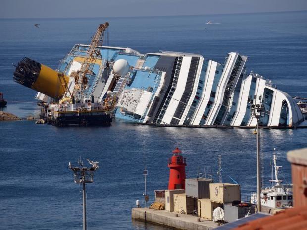 23-Costa-Concordia-AFPGet.jpg