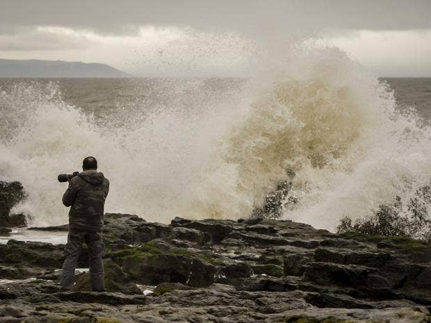 weather-uk-coast-wind.jpg