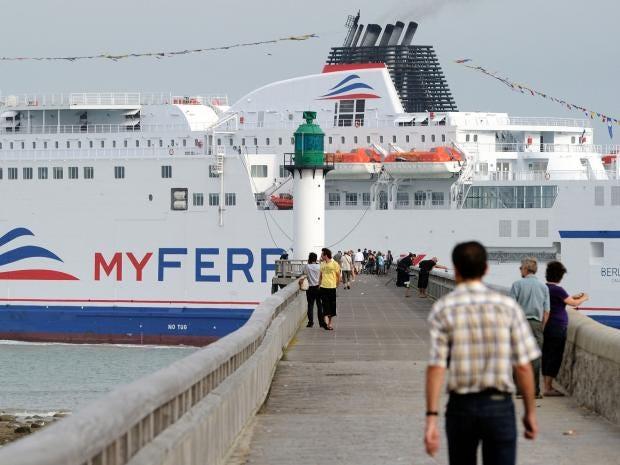 ferry_Dover_Calais.jpg