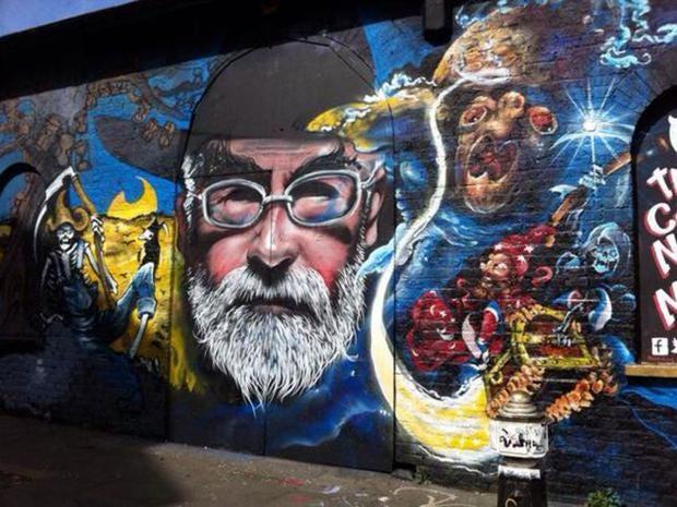 pratchett-graffiti1.jpg
