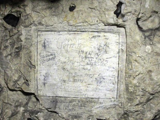 quarry-graffiti-ww1-world-war-one-naours-2.jpg