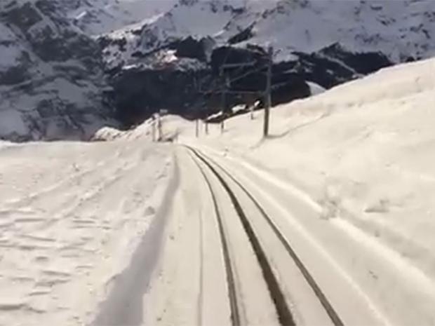 snow-train.jpg