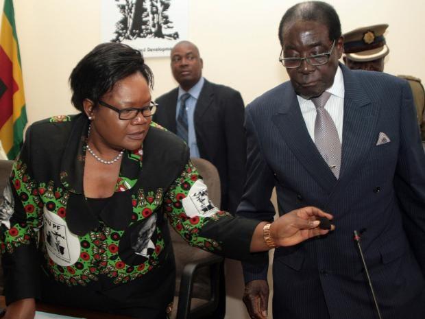 Joice-Mujuru-Mugabe.jpg