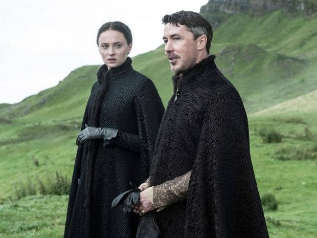 game-of-thrones-season-5-littlefinger-sansa.jpg
