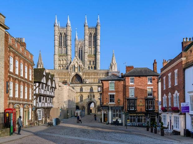 Lincoln-Cathedral.jpg
