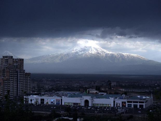 23-Ararat-Mountain-AFPGet.jpg