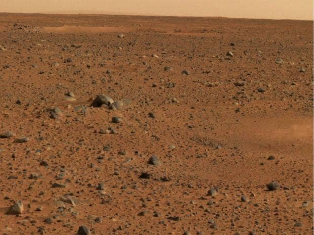 Water on mars nasa curiosity rover discovers brine for Soil exploration