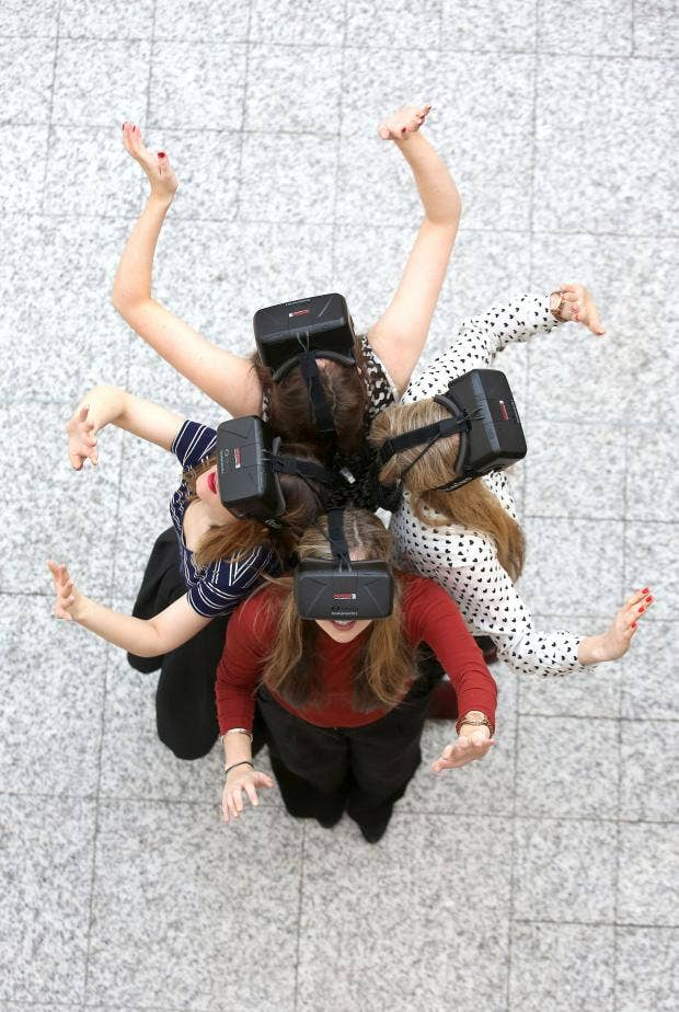 Oculus-Rift-Group-Getty_1.jpg