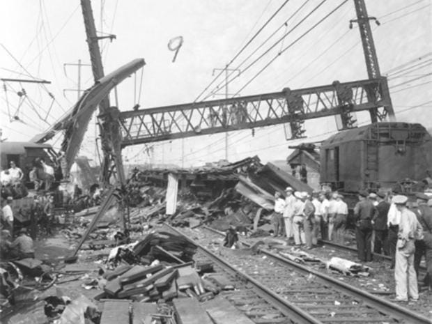 Frankford-train-wreck.jpg