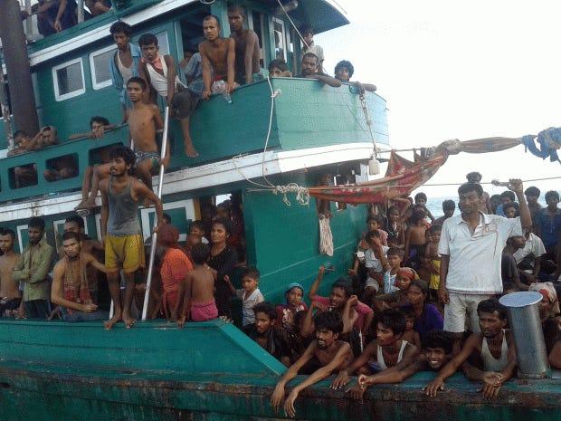 myanmar-boat2.jpg