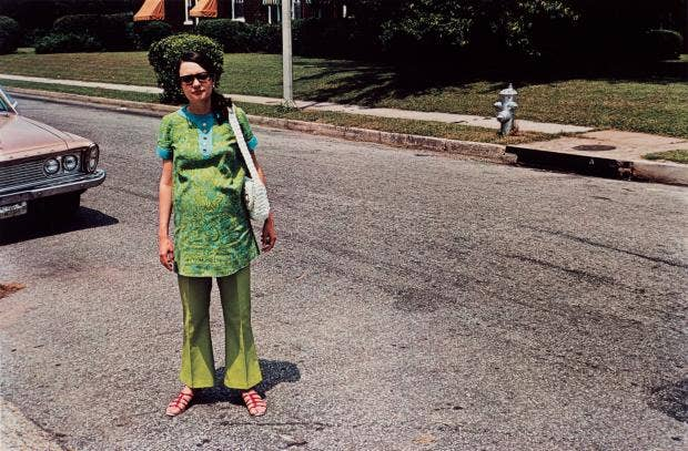 """black singles in eggleston Does william eggleston love women accustomed to black-and-white photography as """"art,"""" were outraged a single print of his now iconic tricycle."""