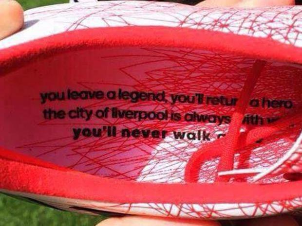 Steven-Gerrard-boot.jpg