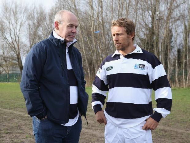 Sir-Clive-Woodward-talks-to-Jonny-Wilkinson.jpg