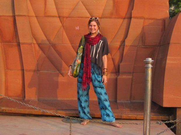 Lucy-Hemmings-India3.jpg