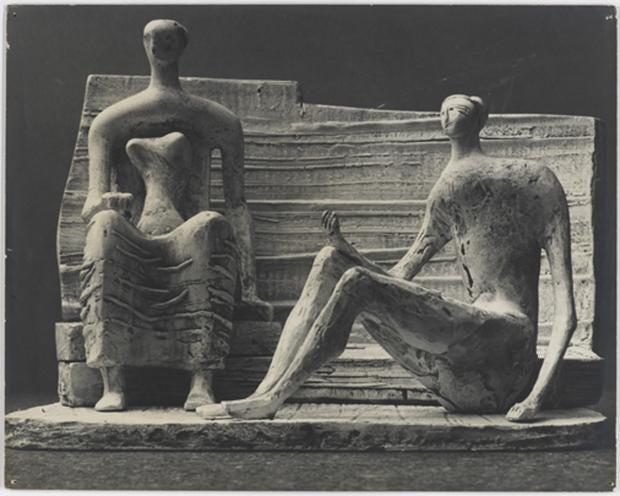 AN708189231 Henry Moore_Tw.jpg