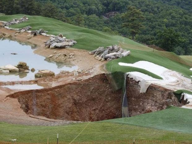 Golf-course-sinkhole.jpg
