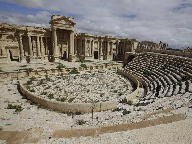 Roman-amphitheatre-of-Palmyra-Getty.jpg