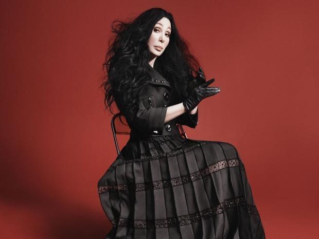 39-Cher-Marc-Jacobs.jpg