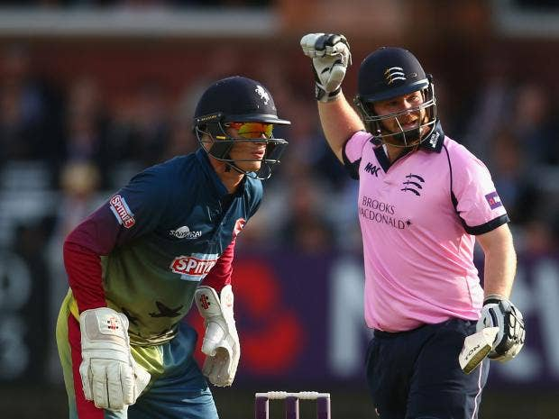 Paul-Stirling-of-Middlesex-during-the-Natwest-T20-Blast-match-between-Middlesex-and-Kent.jpg