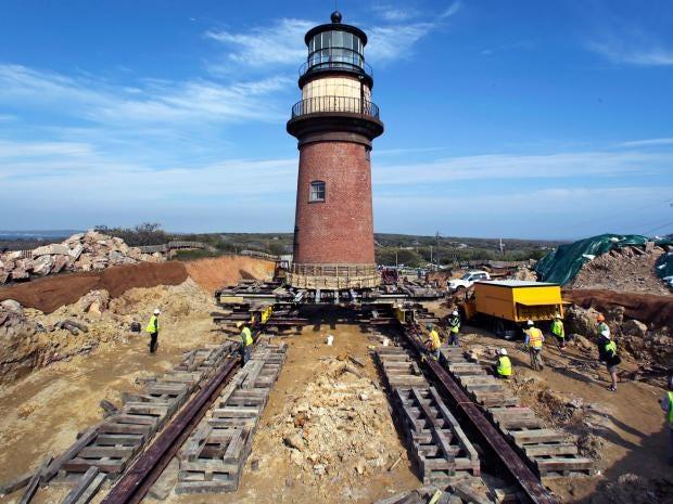 20-Gay-Head-Lighthouse-AP.jpg