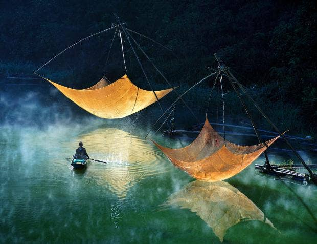 Ly_Hoang Long_Fishing net checking.jpg