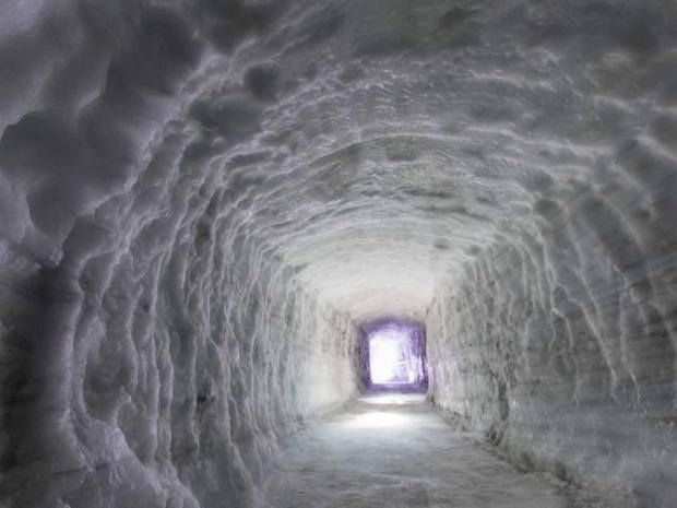 iceland-tunnel.jpg