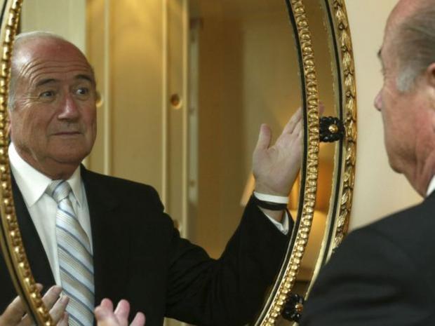 Blatter-mirror.jpg