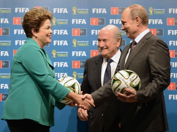 6-Blatter-EPA.jpg
