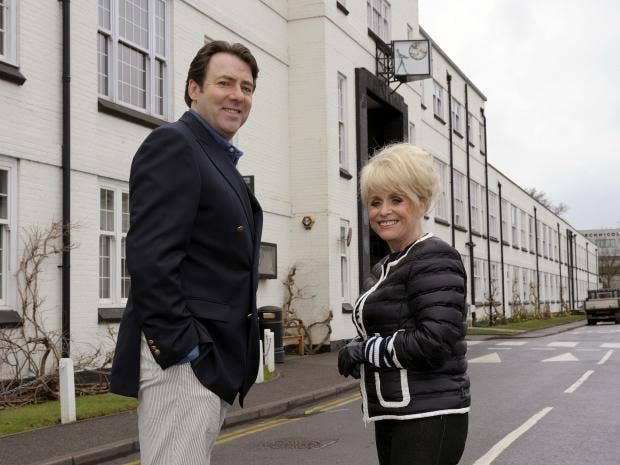 Barbara-Windsor-Jonathan-Ross.jpg