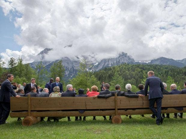10-G7-Group-AFP.jpg