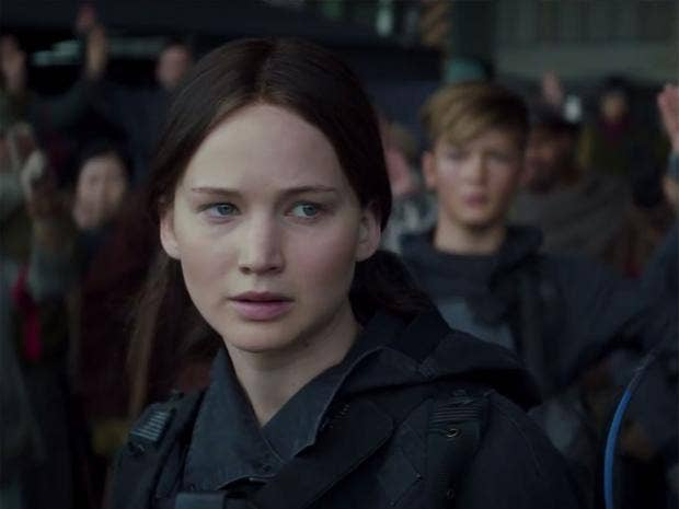 mockingjaypart2-5.jpg