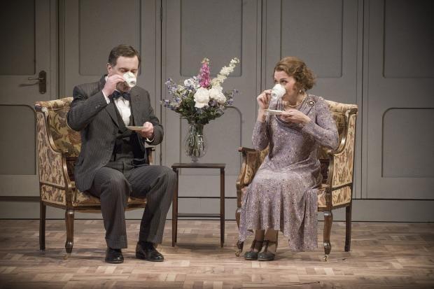 Intermezzo-2015-Garsington-Opera-Mark-Stone-Robert-Mary-Dunleavy-Christine-credit-Mike-Hoban.jpg