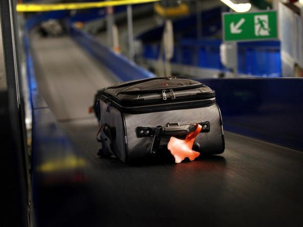 Suitcase-airport.jpg