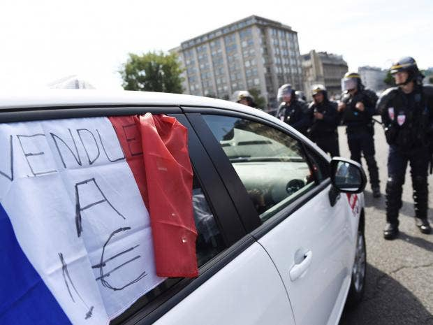 frenchtaxiprotest.jpg
