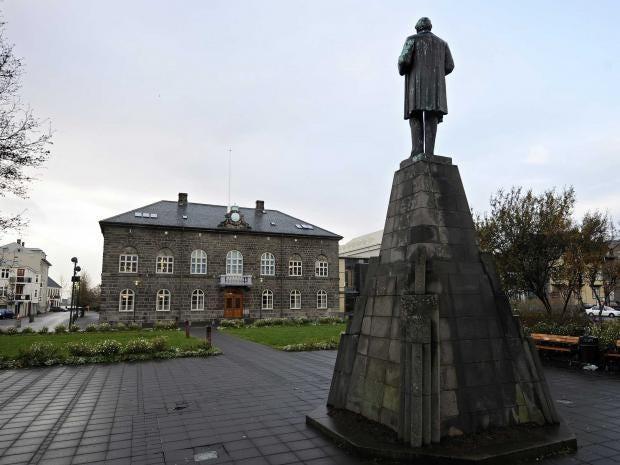 icelandic-parliament.jpg