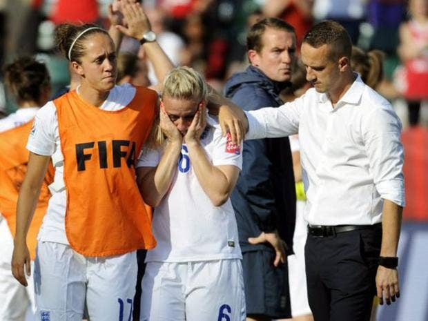 17-England-Football-Get.jpg