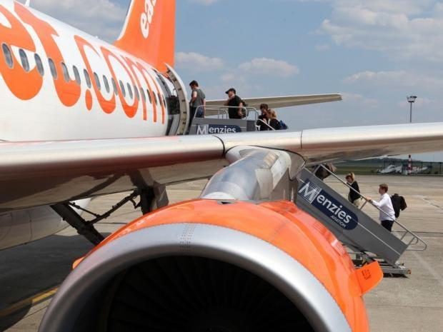 49-EasyJet-Bloomberg.jpg
