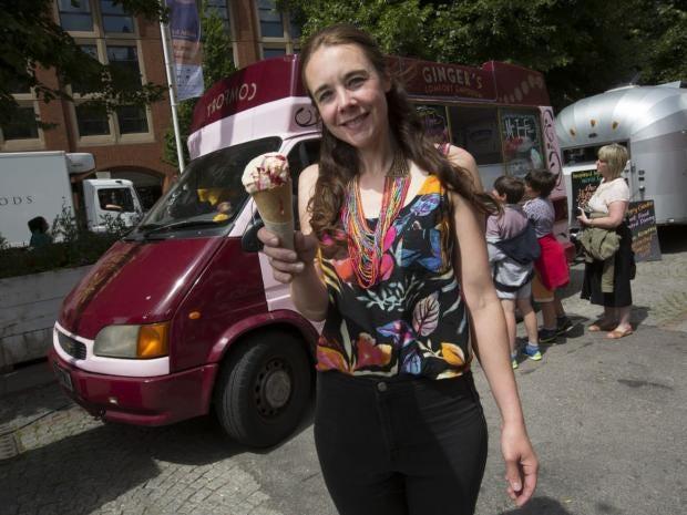 21-Clare-Kelsey-JonSUper.jpg