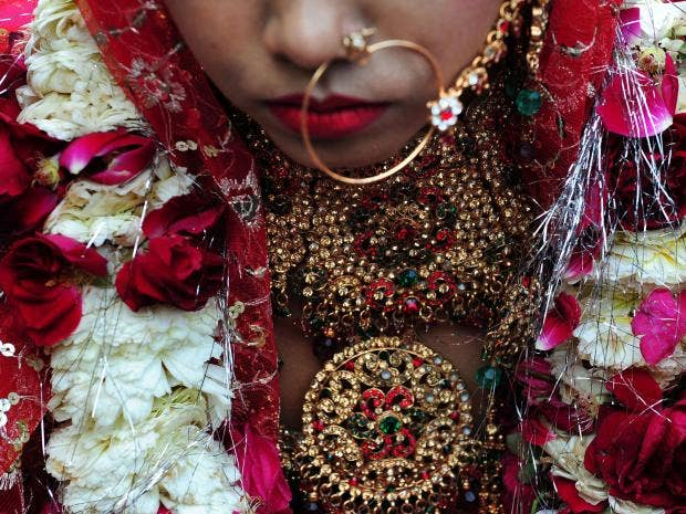 6-Indian-coupleWoman-AFP-Getty.jpg