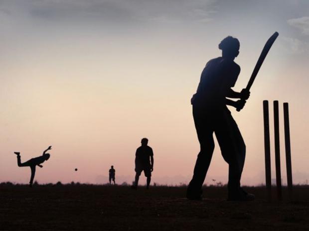 11-Cricket-Silhouette.jpg
