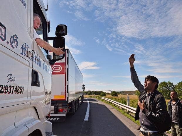 4-lorry-calais-get.jpg