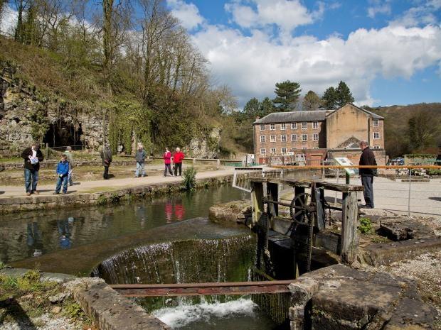49-Cromford-Mill-Alamy.jpg